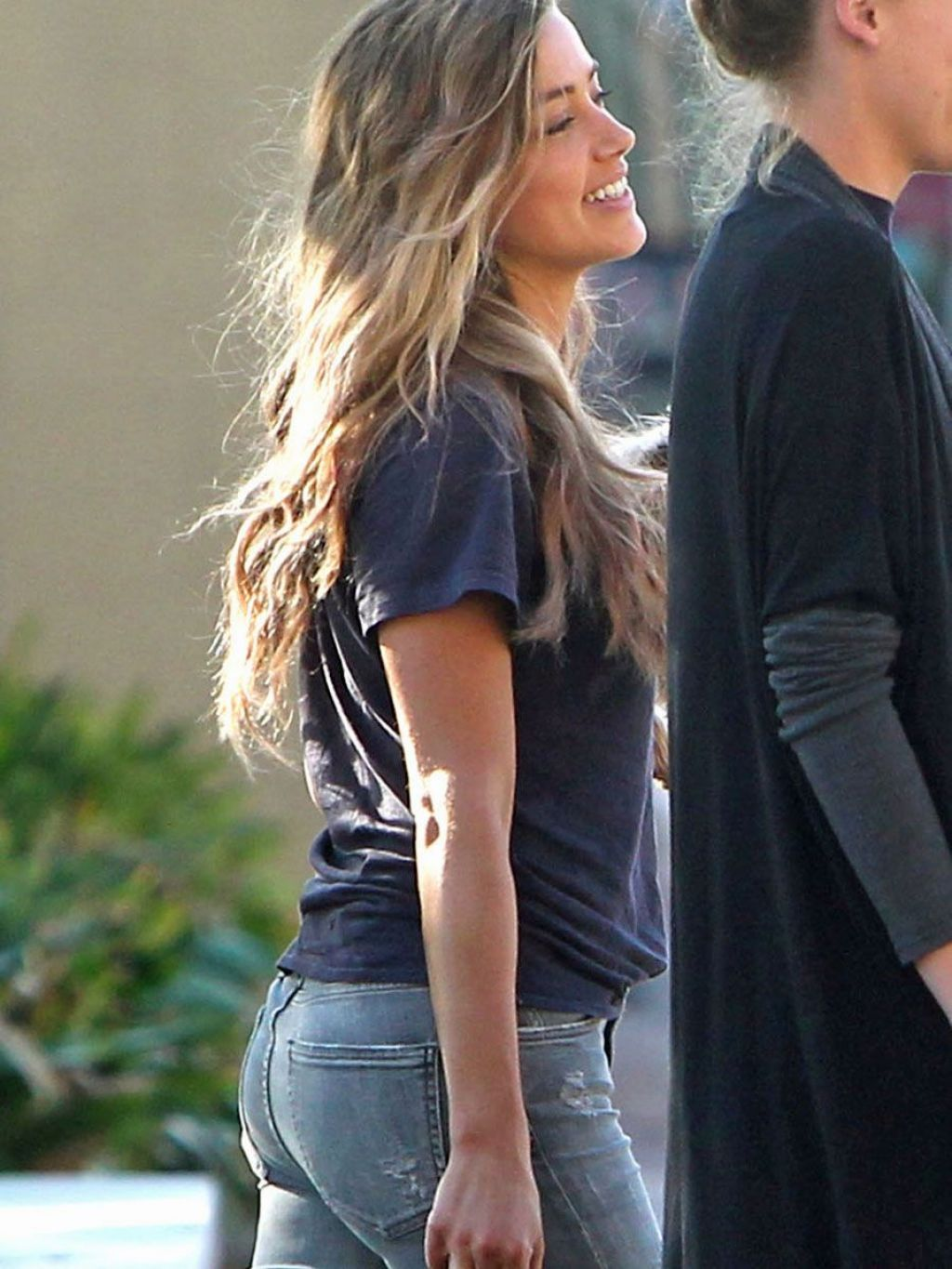 Amber Heard Booty in Jeans - Out in Savannah, October 2014