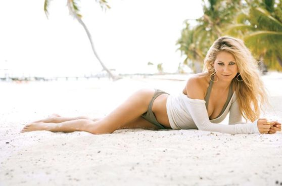 Anna Kournikova in a Bikini - Facebook Pics (2014)
