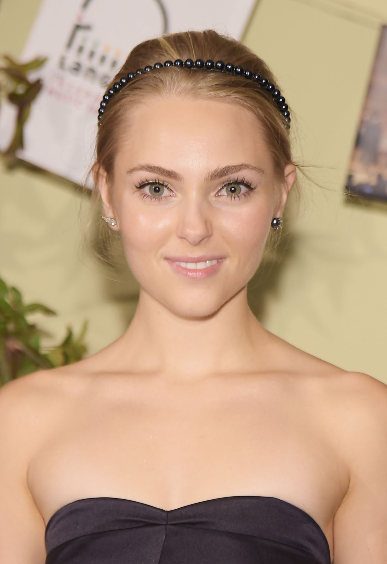 AnnaSophia Robb - Lang Lang & Friends Gala in New York City - October 2014