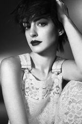 Anne Hathaway - Photoshoot for Elle Magazine (UK) November 2014 Issue