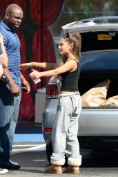 Ariana Grande - Halloween Shopping in Boca Raton (Florida) - October 2014