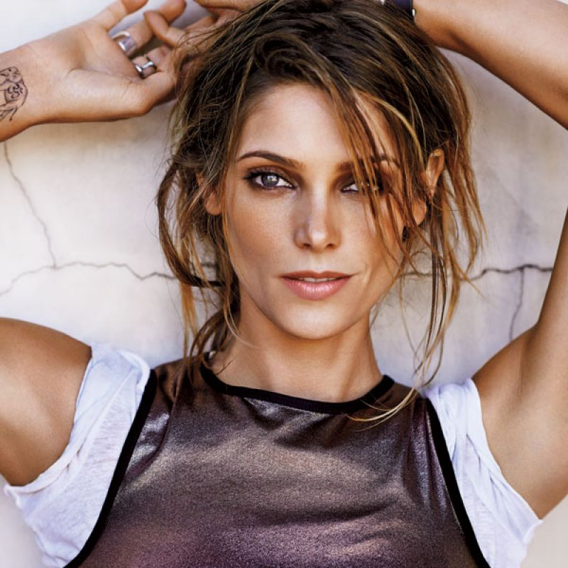 Ashley Greene – Wome...