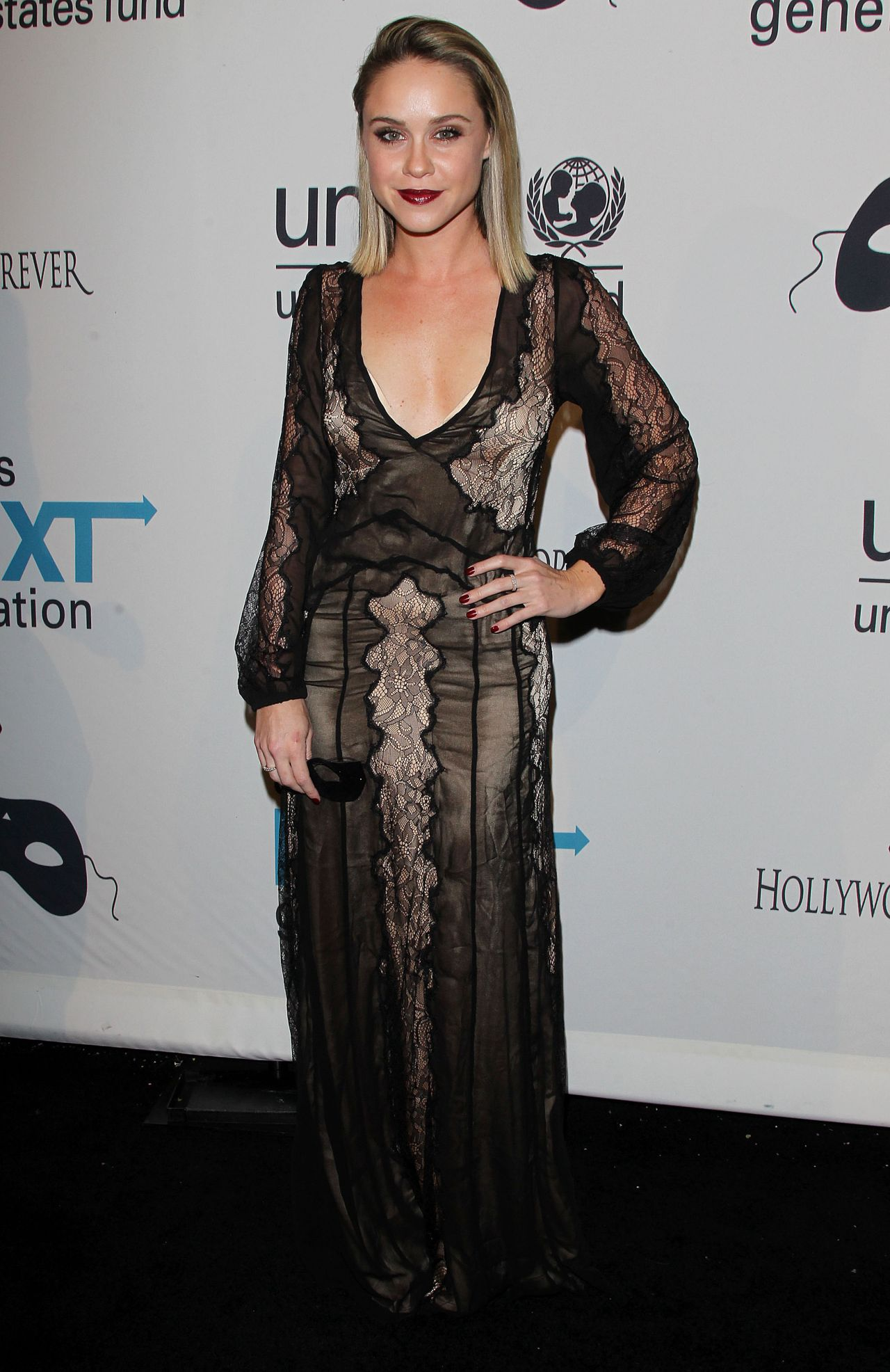 Pleasant Tobin 2014 Unicefs Next Generations Masquerade Ball In Los Angeles Hairstyle Inspiration Daily Dogsangcom