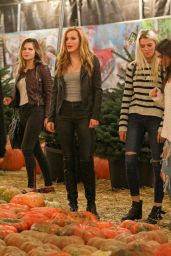 Bella Thorne at Pumpkin Patch in Toluca Lake - October 2014