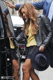 Beyonce in Mini Skirt - Leaving BHS Headquarters in London - October 2014