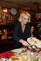 Britney Spears and her Dancers have dinner at Buca Di Beppo in Las Vegas - October 2014