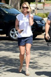 Britney Spears Arriving for a Doctor