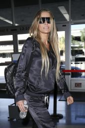 Carmen Electra Style - at LAX Airport - October 2014