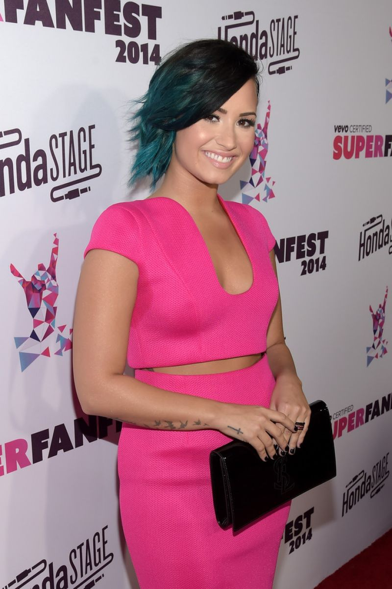 Demi Lovato - Vevo CERTIFIED SuperFanFest 2014 in Santa Monica