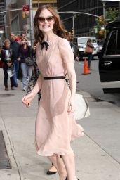 Elle Fanning Arriving to Appear on The Late Show with David Letterman in New York City - Oct. 2014