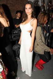 Emily Ratajkowski - GLOSSIER Launch Party in New York City - October 2014