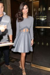 Emily Ratajkowski Style - Leaving Her Hotel in New York City - Oct. 2014