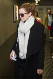 Emma Watson at Ankunft Findel Airport in Luxembourg - October 2014
