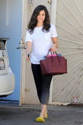 Emmy Rossum at a Nail Salon in Brentwood - October 2014