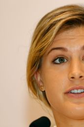 Eugenie Bouchard – BNP Paribas WTA Finals 2014 Singapore Press Conference