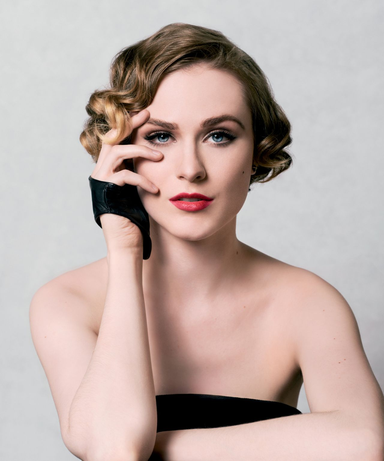Evan Rachel Wood – 'The Art of Discovery: Hollywood Stars Review Their Inspirations' 2014 by Jeff Vespa
