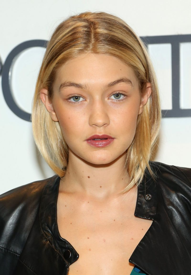 Gigi Hadid Best Beauty Trends: Sportmax & Teen Vogue Celebrate The Fall