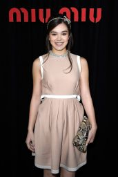 Hailee Steinfeld - Miu Miu Fashion Show at Paris Fashion Week - October 2014