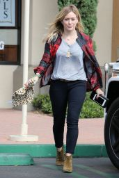 Hilary Duff Booty - Out in Los Angeles - October 2014