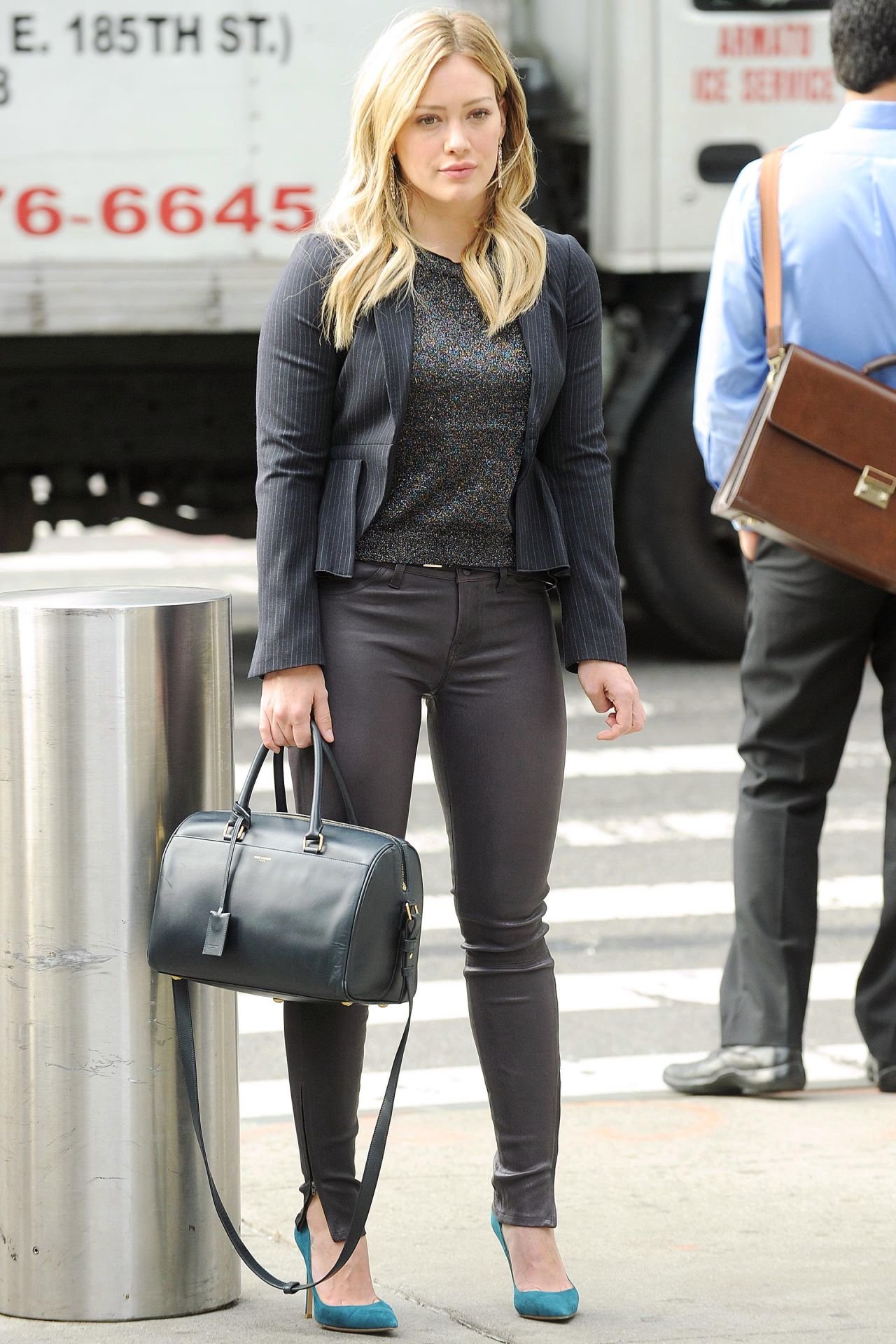 Hilary Duff In Leater Pants Younger Set Photos In Nyc