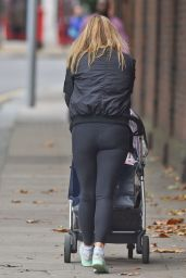 Holly Valance Booty in Spandex - Out in Knightsbridge London - October 2014