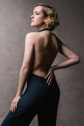 Jena Malone – 'The Art of Discovery: Hollywood Stars Review Their Inspirations' 2014 by Jeff Vespa