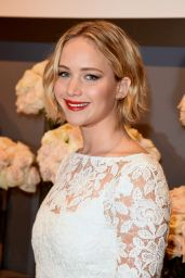 Jennifer Lawrence – ELLE's 2014 Women in Hollywood Awards in Los Angeles