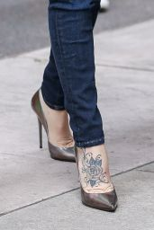 Jenny McCarthy Arriving to SiriusXM Studios in New York City - October 2014