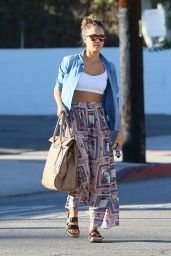Jessica Alba Street Style - Outside a Salon in Beverly Hills - October 2014