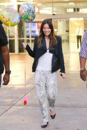 Jessica Biel Street Style - at Sydney Airport in Sydney - Sept. 2014
