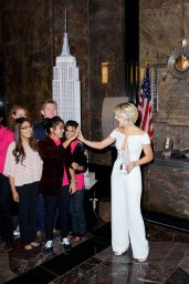 Julianne Hough at the Empire State Building in New York City - Oct. 2014