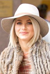 Julianne Hough Style - Out in New York City - October 2014