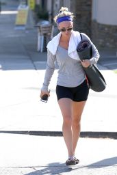 Kaley Cuoco Leggy - Leaving a Gym in Los Angeles, October 2014