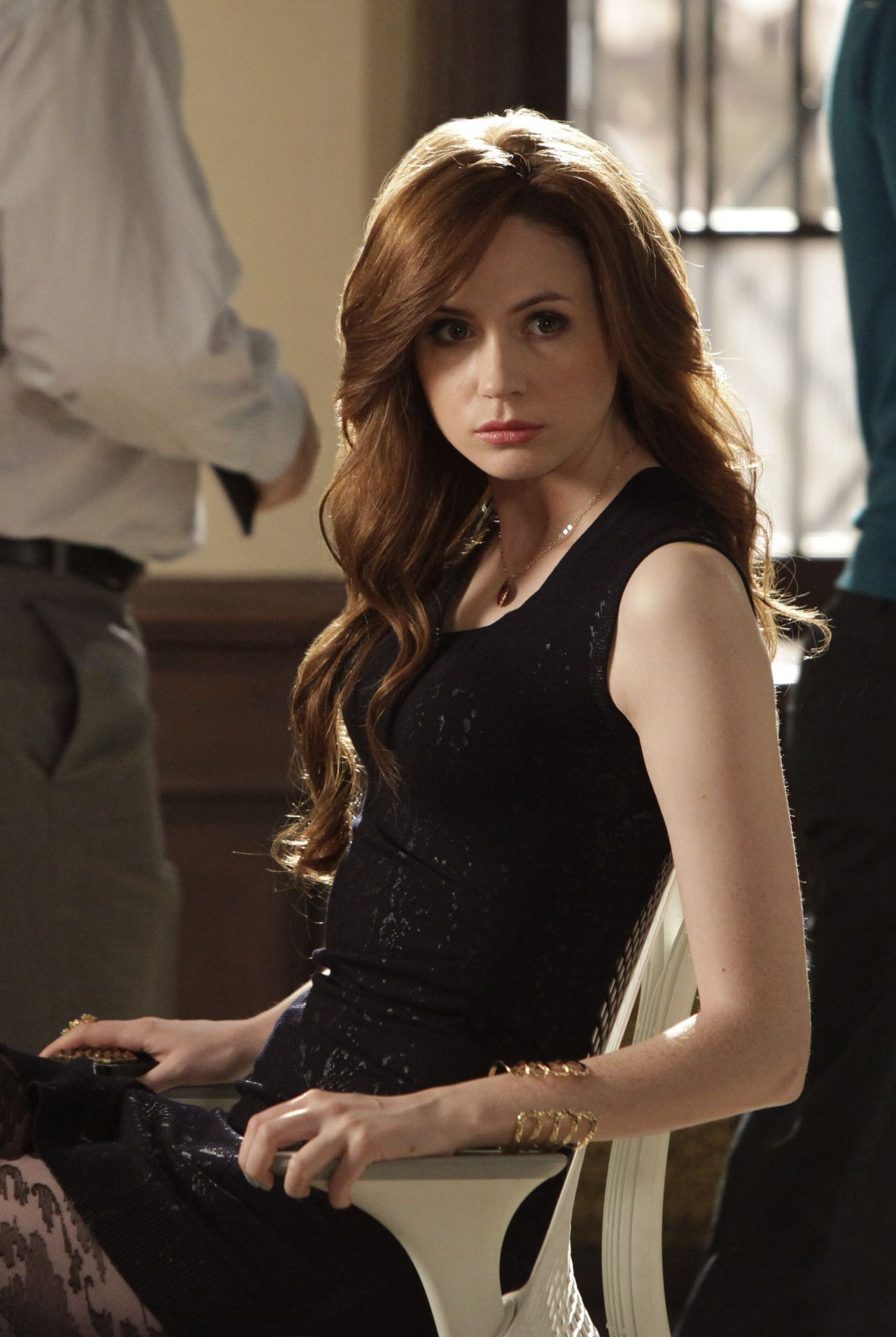 Karen Gillan Selfie Tv Series Season 1 Ep04 Stills