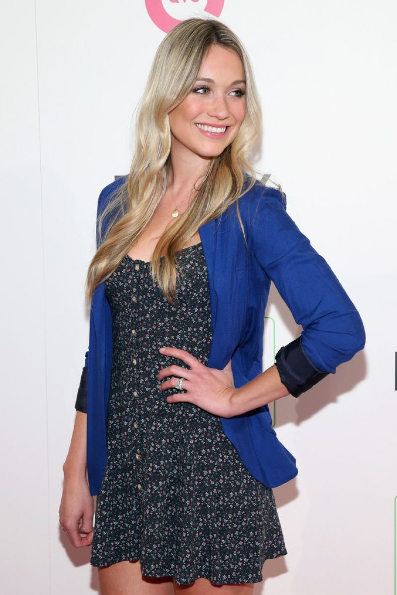 Katrina Bowden - QVC Presents