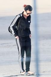 Katy Perry - Arriving Into Paris to Celebrate Her 30th Birthday