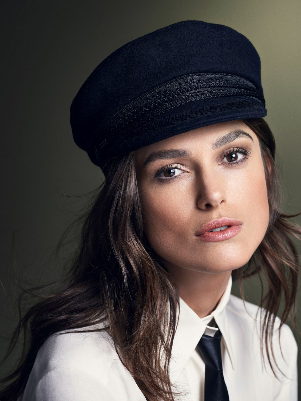 Keira Knightley – Photoshoot for Glamour Magazine November 2014 Keira Knightley