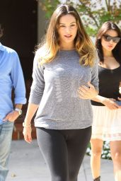 Kelly Brook Booty in Tights - Out in Los Angeles, Oct. 2014