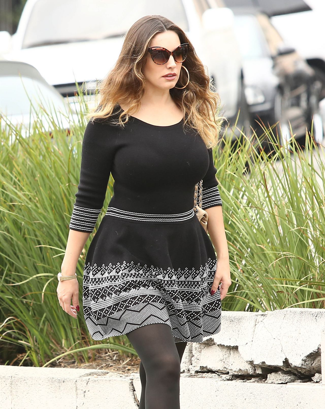 Kelly Brook Street Style - Out in Los Angeles, October 2014