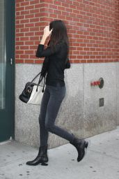 Kendall Jenner Booty in Jeans - Returning to Her Apartment in New York City, Oct. 2014
