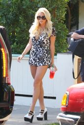 Kesha - Leggy Out in Los Angeles - October 2014