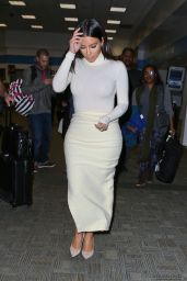 Kim Kardashian in Figure-Hugging Dress at San Francisco International Airport - October 2014
