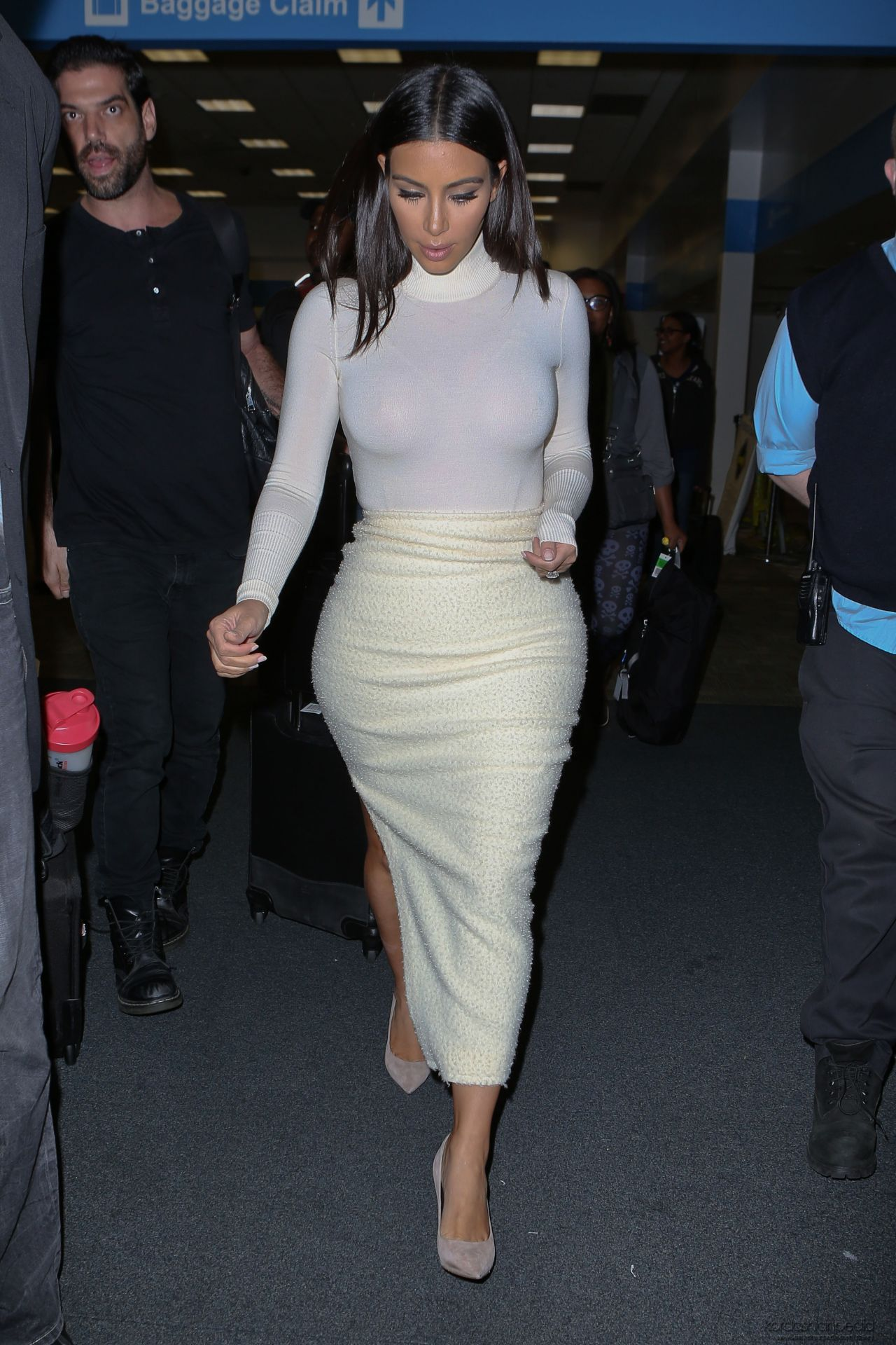 Zimbio Images Kim Kardashian Kim Kardashian In Figure Hugging Dress At San