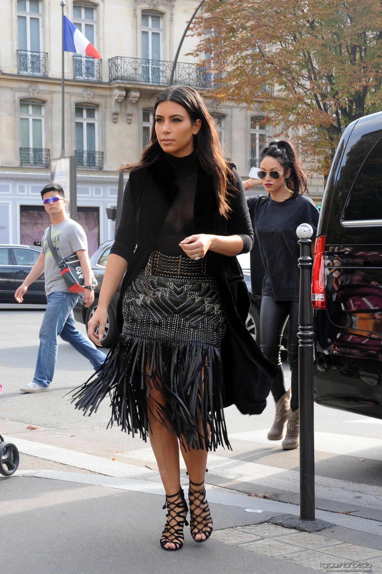 September 2014 Issue: Kim Kardashian Shopping In Paris