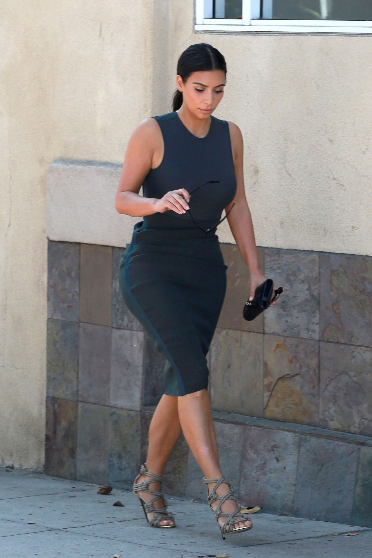 kim kardashian style  out shopping in los angeles