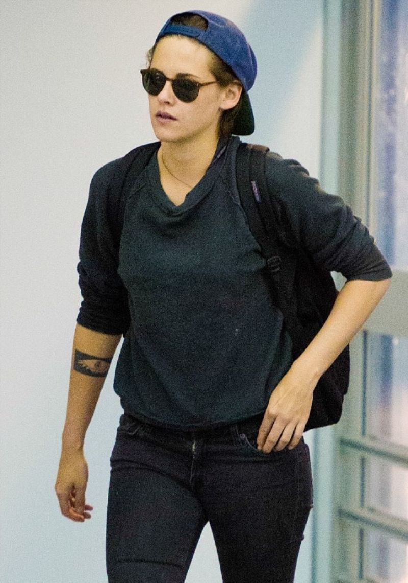Kristen Stewart at JFK Airport in New York City - October 2014