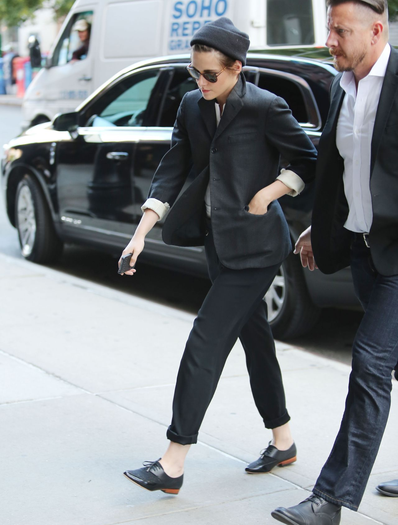 Kristen Stewart Street Style Fashion Out In New York City October 2014