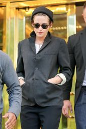 Kristen Stewart Street Style Fashion - Out in New York City - October 2014