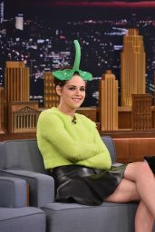Kristen Stewart Tapes an Appearance on The Tonight Show With Jimmy Fallon in New york City - Oct. 2014