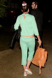 Lily Allen - Arriving to Kate Hudson